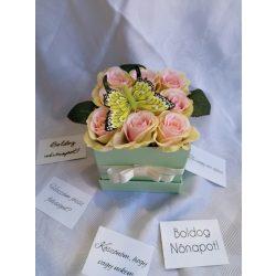 Lepkés rózsabox almazöld